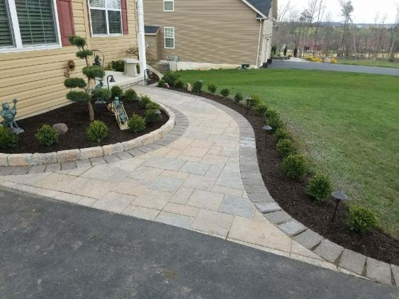 Walkway in Gilbertsville using Techo-Bloc Blu 60 pavers