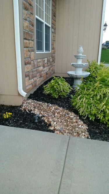Landscaping With River Rock Whitehouse Landscaping