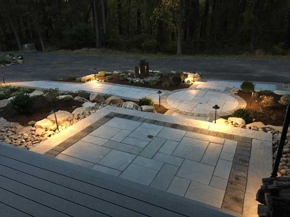 Walkway in Spring City & Designing a Front Walkway | Whitehouse Landscaping