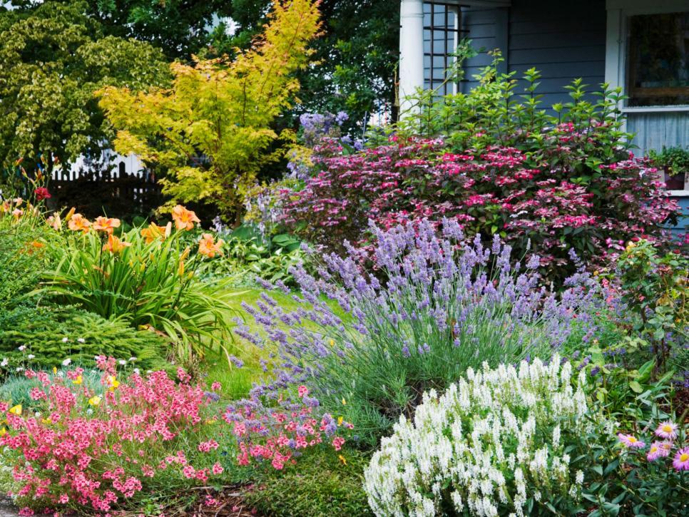 Things i wish i had known when i planted my first flower garden beautiful gardens happen with knowledge and a little tlc workwithnaturefo