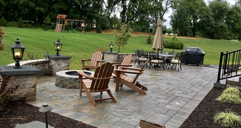 Downingtown PA patio side view with firepit