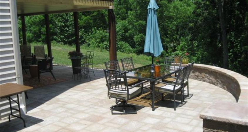 This Birdsboro, Pa paver patio is enclosed with a wonderful sitting wall.
