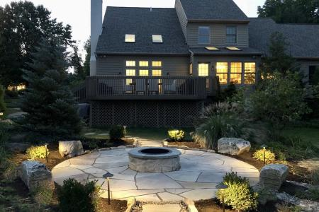 Chester Springs flagstone patio and firepit
