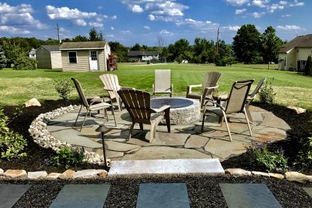Schwenksville, PA patio with firepit, flagstone and stepping stones